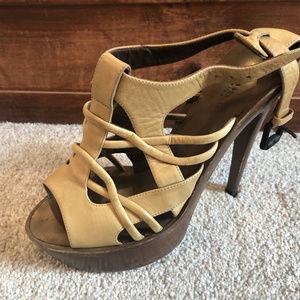 Bottega Veneta platform leather upper heels!!